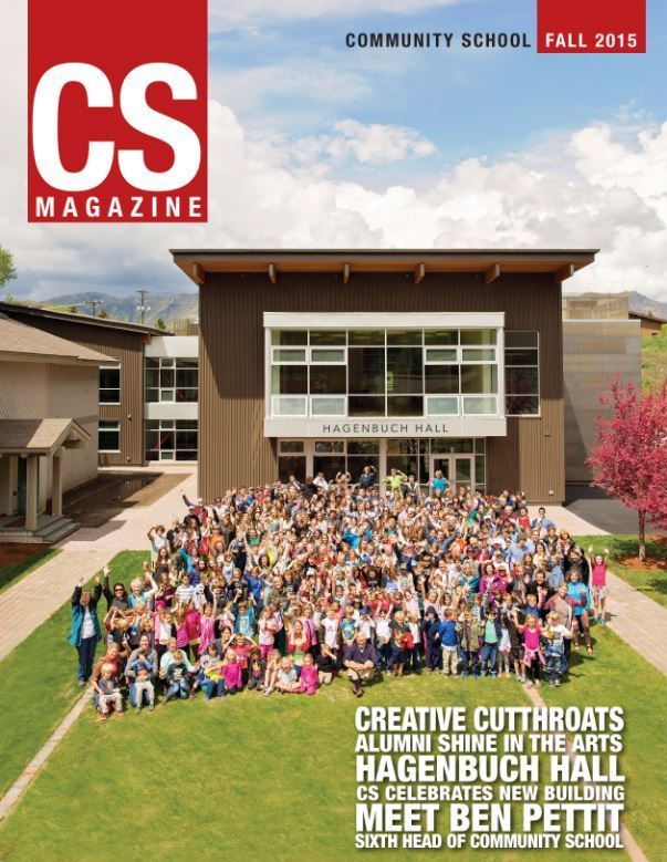 CS magazine cover of a large group of students in front of Hagenbuch Hall